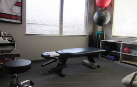 Joints In Motion Chiropractic Libertyville therapy room